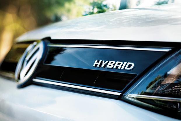 4 Reasons Why You Should be Buying a Hybrid